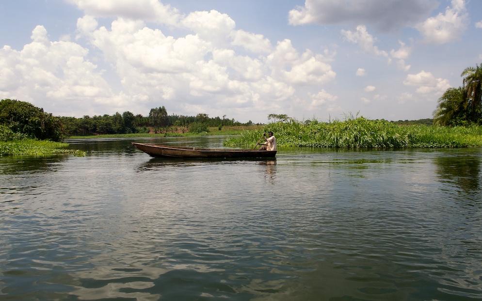Boat in the Nile;16x9;Africa;Nile;rafting;Travel;Uganda