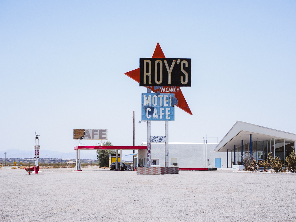 Roy's Motel Cafe;America;California;Route 66;Travel;USA